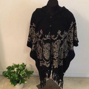 Sweaters - Cute Black Shaw